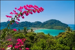 View of Ko Phi Phi in Thailand, ©iStockphoto.com/holgs