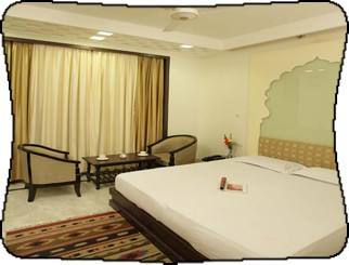 Room at Aashish hotel in Jaipur, India