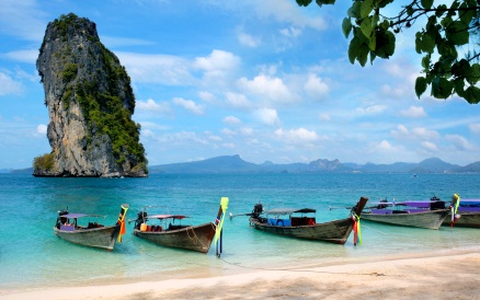 View of Poda Beach in Ao Nang Krabi in South Thailand, ©iStockphoto.com/Mikael Damkier