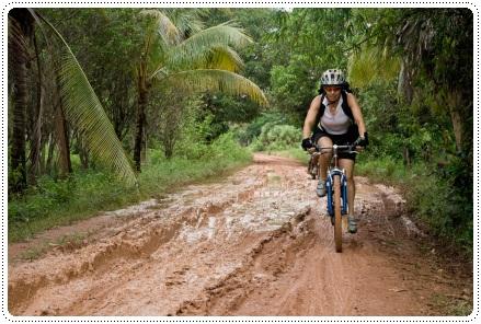 Muddy in Cambodia, ©iStockphoto.com/Alexander Fortelny