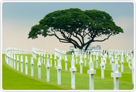 American cemetary and memorial in the Philippines, ©iStockphoto.com/Hippo Studio