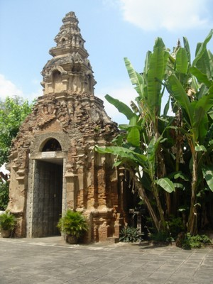 Wat entrance in Chang Mai, Thailand