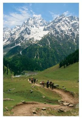 Himalayas in Kashmir, India, ©iStockphoto.com/sumnersgraphicsinc