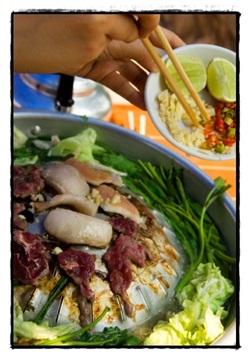 Food in Vang Vieng, ©iStockphoto.com/Bing Tan