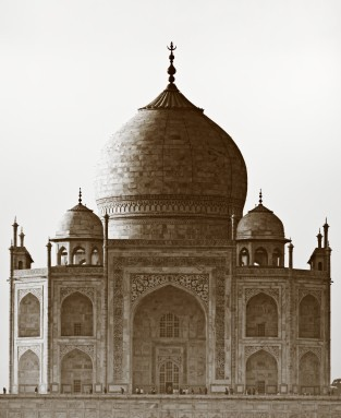 Old picture of Taj Mahal in Agra