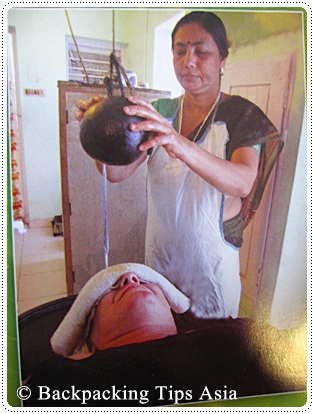 Massage at a ayurvedic health center in Kovalam