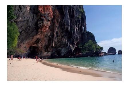 Beach in Thailand, ©iStockphoto.com/simon gurney