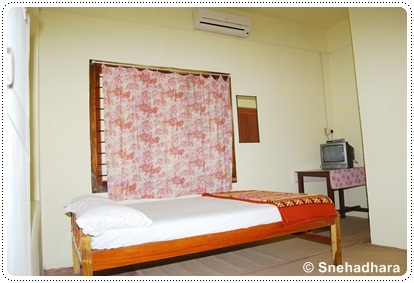 Snehadhara room, photo courtesy of Snehadhara homestay