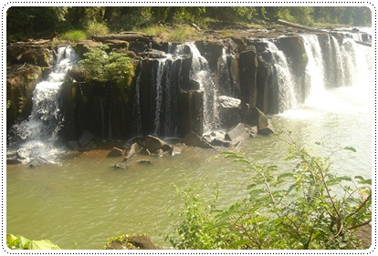Another picture of tad pha suam waterfalls in pakse, laos