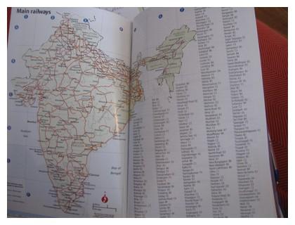 Footprint guide book: India handbook 2009. Maps.